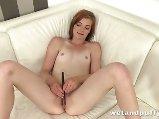 This slut loves to win naked and she loves stretching her precious vaginal debouch