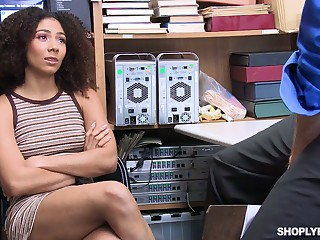 Guilty malignant gal Nia Nixon is fucked missionary on the table by cop