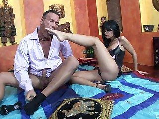 Angelica Stygian makes a weasel words cum with her feet after a hardcore fuck