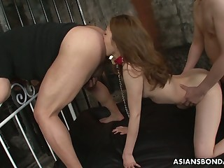 Japanese hottie Yui Tachiki gives a rimjob and gets her pussy nailed in the twinkling of an eye