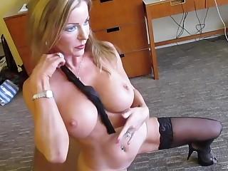Injurious Talking Pornstar Amber Michaels Masturbates.