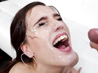 facial after amazing blowjob is all become absent-minded Brooke Fuzz wants