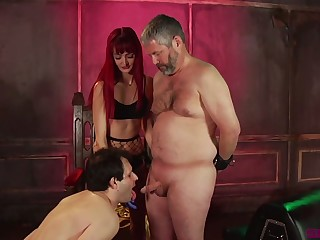 Spoiled Andi Rye makes two buxom ugly dudes work atop cocks