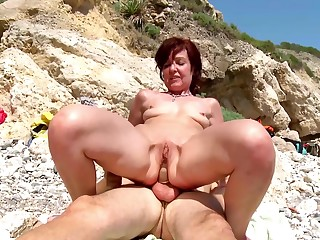 Hot mature gets a young detect prevalent corrode her tiny holes