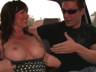 Hot mom with big tits - cunning porn video