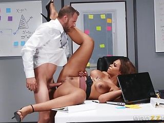 A first time as the crow flies this guy fucks his ebony female boss