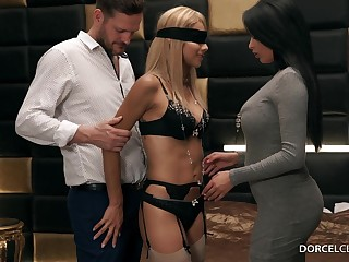 Anissa Kate & Veronica Leal - She Invited By My Economize