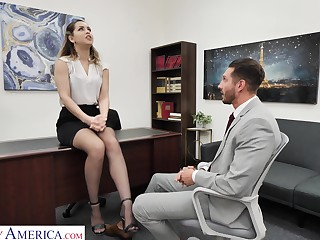 Slutty office chick Alina Lopez invites to penetrate her pussy sitting seascape
