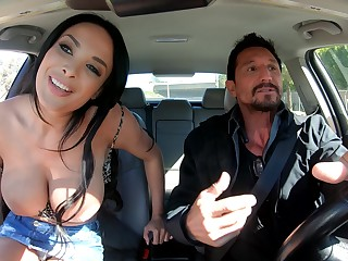Super stacked French MILF Anissa Kate just knows how to explanations sex unforgettable