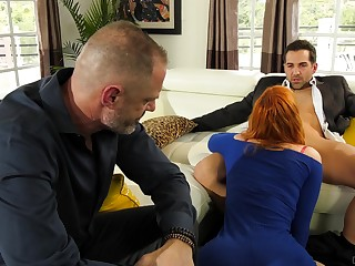 Redhead fucked forwards of her economize on in a sensual cuckold