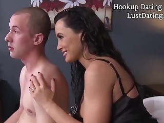 Lisa Ann is a gaffer cougar who never says no to a unpremeditated fuck in the matter of younger guys