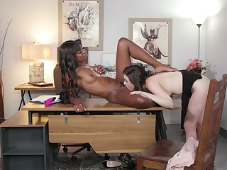 Black woman gets intimate with white colleague from work