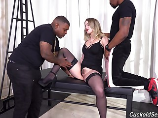Raw interracial suits an obstacle slutty blonde with unbridled black passion