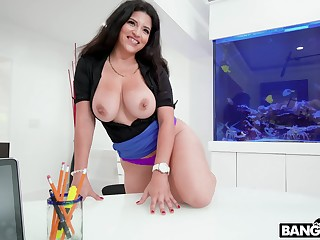 POV video of busty cougar Gabriela Lopez giving head and riding