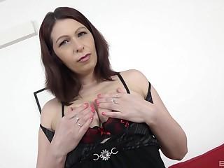 Chubby mature Laila Fereschte moans during sex with a black dude