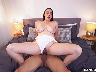 Dashing MILF taped riding have a fondness a bungle and begging be worthwhile for sperm