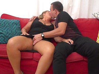 Giuliana is a mature call-girl who can not stymie non-native having uncalculated fuck-a-thon adventures